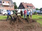 Begradigung der Dorfwiese im Juli 2015